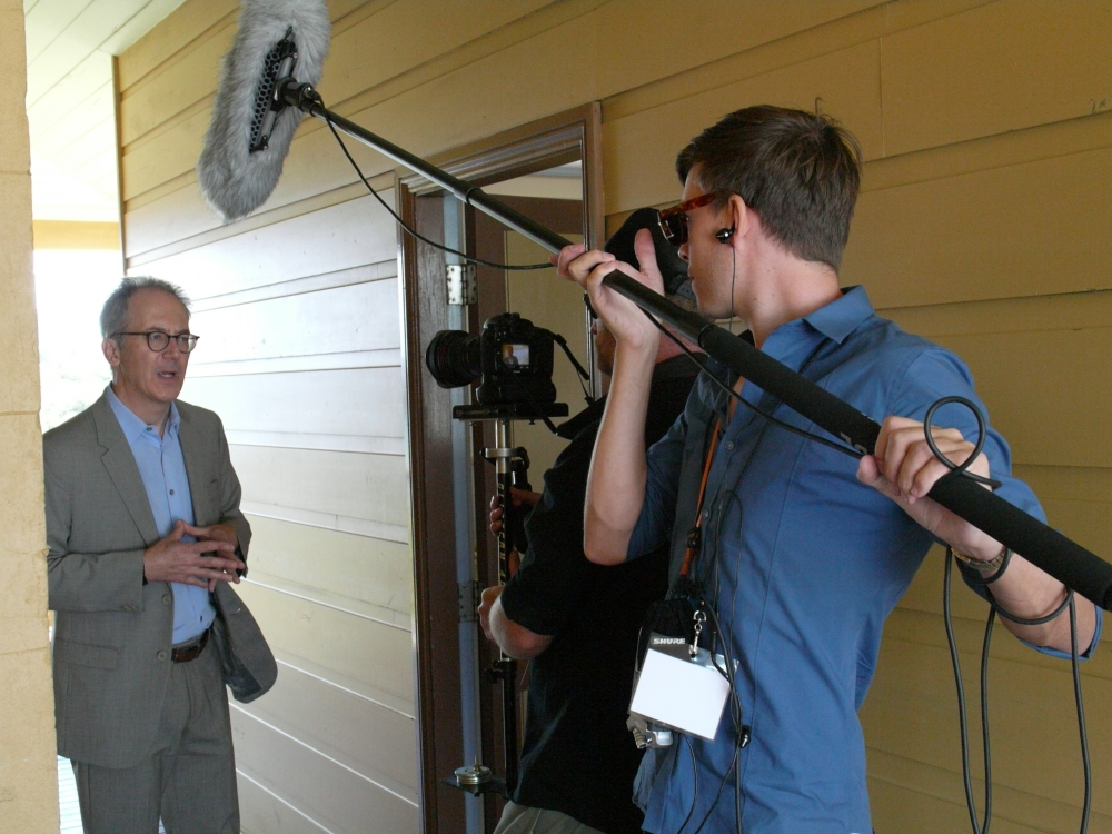 Der Derian with the Q Symposium film crew. (Photo: Jose Torrealba)