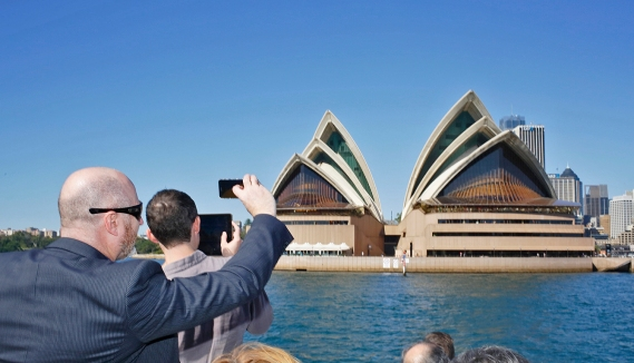 Admiring the architectrue of Sydney's Opera House. Photo: Gilbert Bel-Bachir.