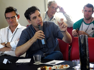 Azar Gat (U. of Tel Aviv) in the Q&A session. Photo: Gilbert Bel-Bachir.